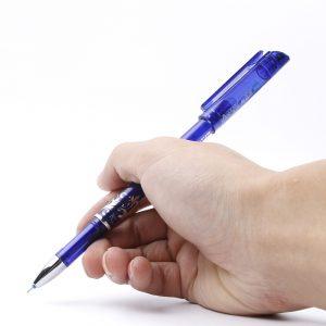 Pennor och målning